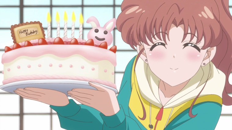 sailor_moon_crystal_act_28_makoto_with_reis_birthday_cake
